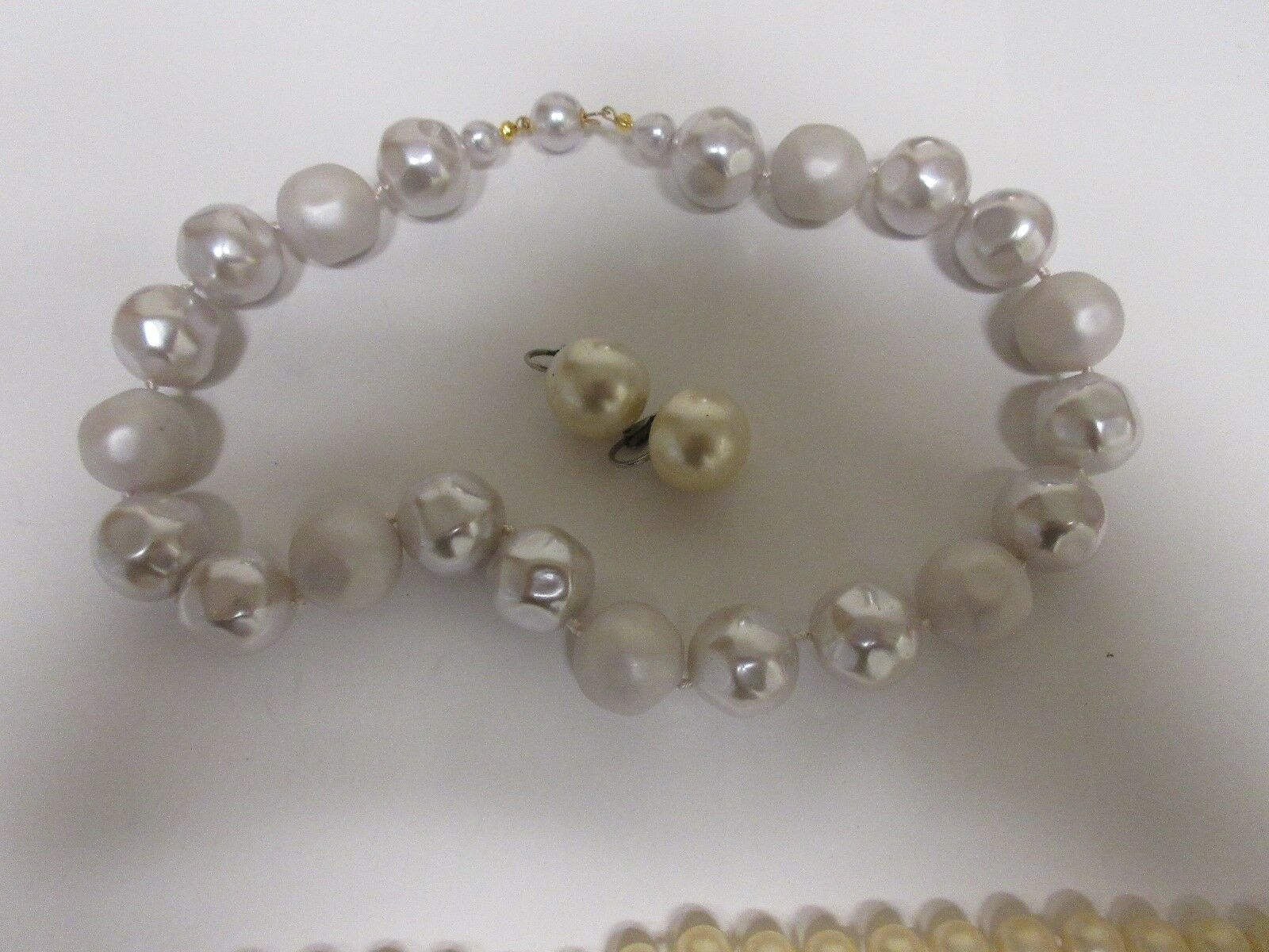 Costume Jewelry Necklace Lot of 4, Simulated Pearl / Ea