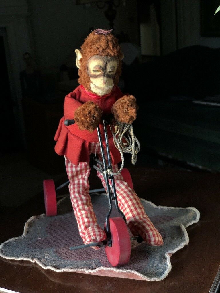 Vintage Plush Monkey Riding Tricycle Pull Juguete 11.5