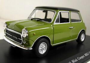 Atlas-1-24-Scale-Innocenti-Mini-Cooper-mk3-1972-Display-Case-Diecast-model-car