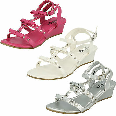 SALE GIRLS SPOT ON SUMMER SANDALS WITH BOW AND STUD DETAIL SMALL WEDGE H0056 | eBay