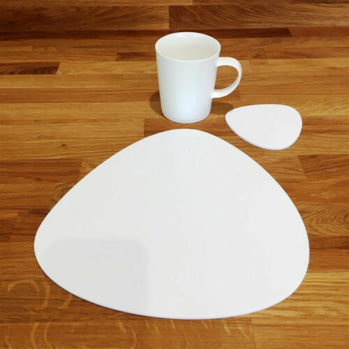 Pebble Shaped Placemat and Coaster Set White