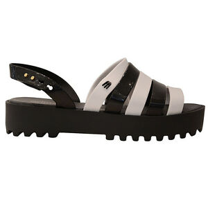 Melissa-sandalo-creative-creative-sandal-flat