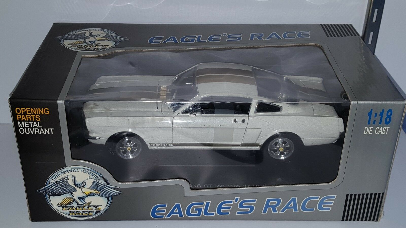 1 18 EAGLE'S RACE 1965 FORD MUSTANG 350H HERTZ WHITE with gold STRIPES gd