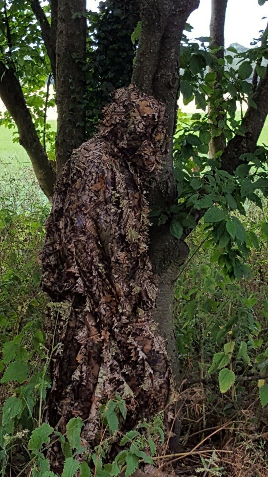 LIGHTWEIGHT GHILLIE SUIT - LEAFY CAMO  - HUNTING - PIGEON SHOOTING - STALKING