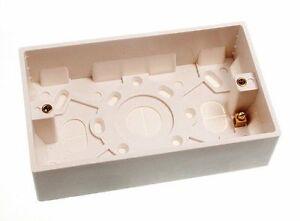 Neu X 20 - Plastic Geformte Unterputzdose Aufputzdose Doppel 2 Gang 35MM