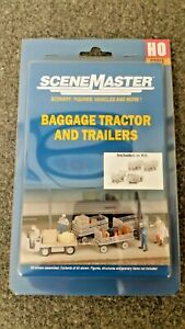 Walthers-HO-Scale-Station-Platform-Baggage-Tractor-And-Trailers-Kit
