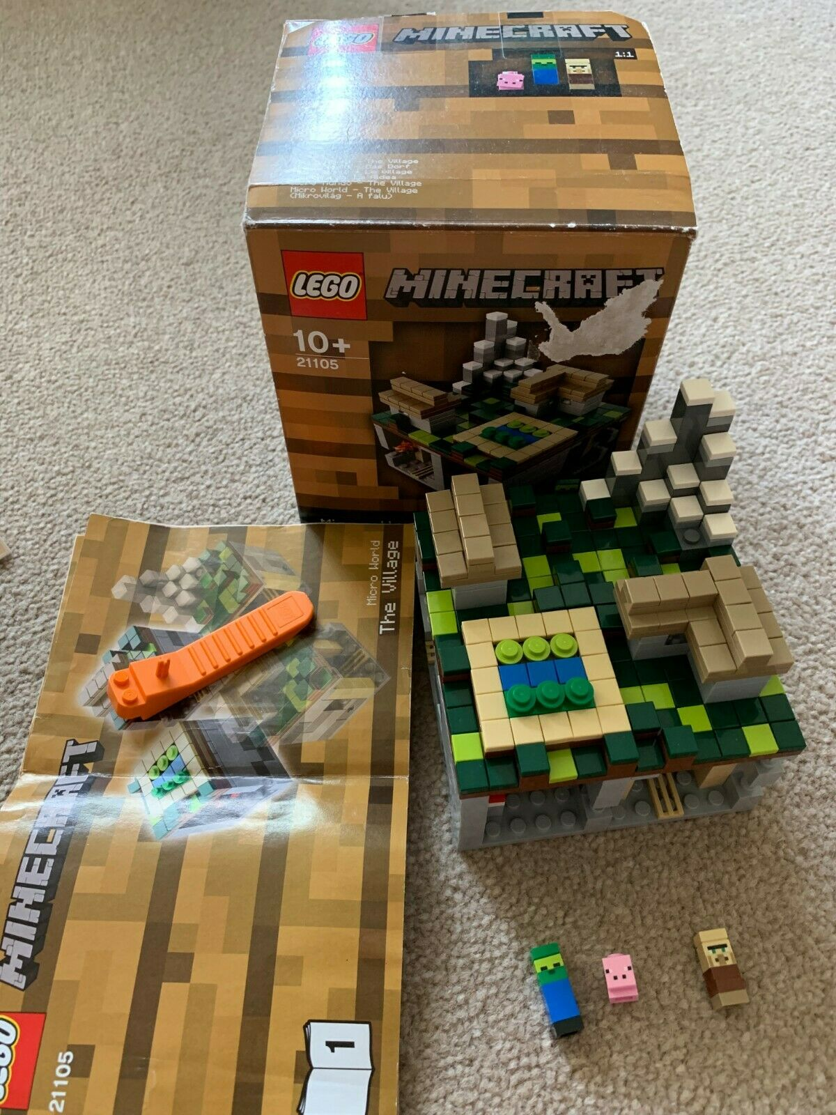 HUC REAL LEGO MINECRAFT MICRO WORLD THE VILLAGE - 21105