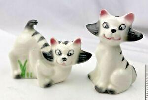 VINTAGE...CERAMIC.. BLACK, WHITE...CATS....SALT & PEPPER SHAKERS