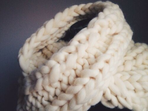 handmade hand-knit superchunky soft warm infinity scarf made from 100/% wool