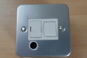 13a metal clad fused switched spur flex outlet switch with back box rh ebay ie Fused Disconnect Switch Fused Switch Symbol