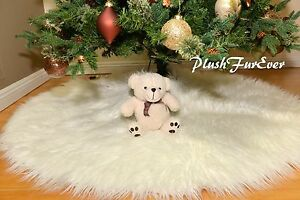White Mongolian Tree Skirt 5' Round Cute Snow Like under the tree