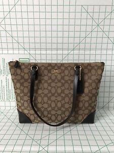 a0c357a5d962 NWT Coach F29958 Outline Signature Zip Tote Jacquard handbag khaki ...