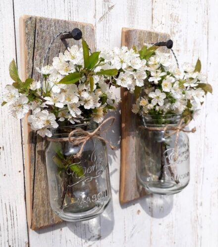 PAIR OF RUSTIC WOOD WOODEN WALL MOUNTED FLOWER GLASS MASON JAR CANDLE HOLDER