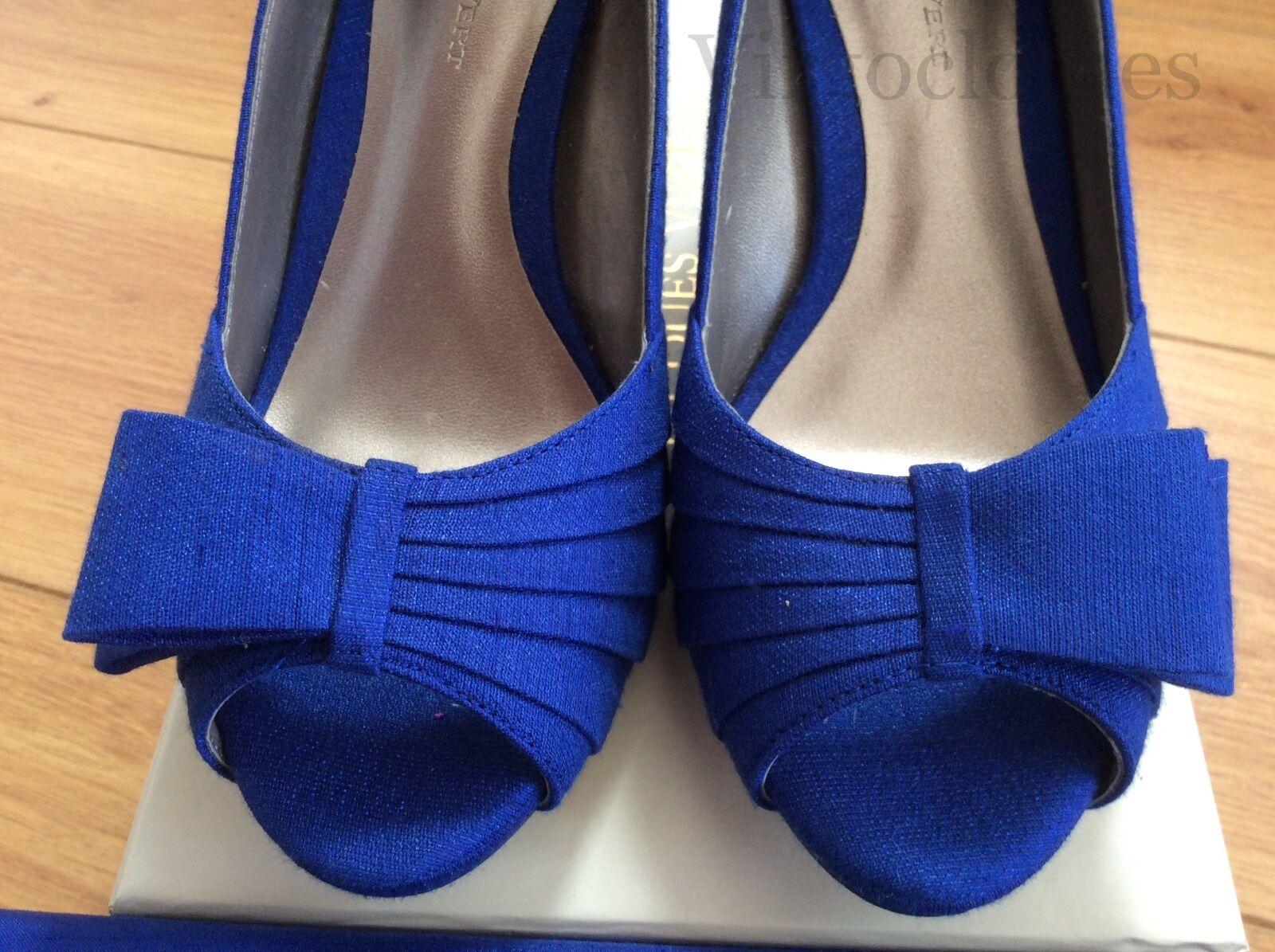 al prezzo più basso NUOVO goegeous & Elegante Jacques verde Scarpe, taglia taglia taglia 4, Blu  vendite calde