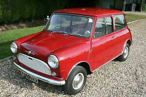 1960-Morris-Mini-Minor-De-Luxe-Saloon-Fabulous-example-of-an-early-mini