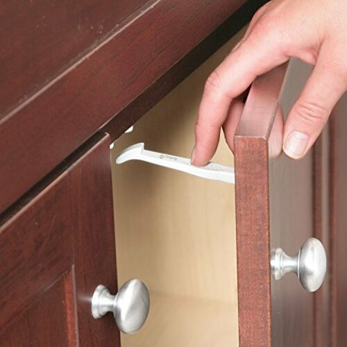 Safety 1st Cabinet and Drawer Latches #HS204 14-Pack Box//Package