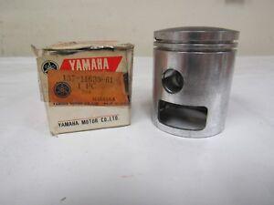 Cache Original Yamaha 1966 Ya6 Piston Standard 137-11635-61 Afkz7hth-07212956-570508545