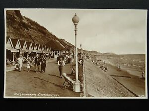Bournemouth-SOUTHBOURNE-Promenade-amp-Beach-Huts-c1930s-RP-Postcard-by-Wades