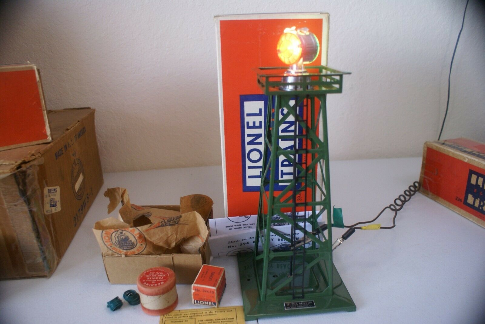 SCARCE LIONEL  394 GLOSSY DARK Grün ROTATING BEACON