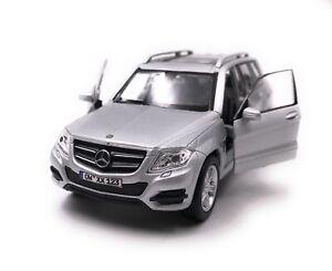 Mercedes-Benz-Modellino-Auto-con-Richiesta-Caratteristiche-GLK-SUV-Argento-Scala
