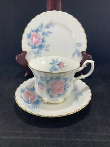 Royal-Albert-Bone-China-England-Sorrento-3-pc-Set-Tea-Cup-Saucer-6-5-034-Plate