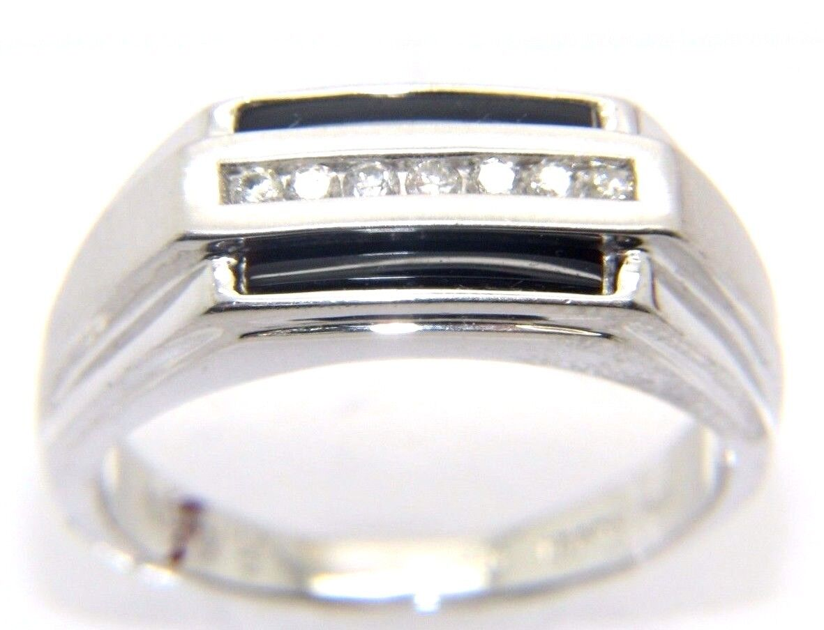 Gents Mens 9carat 9CT gold, Diamond & Onyx Stoned Ring Size R 1 2
