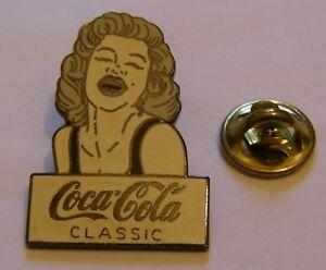 COCA-COLA-CLASSIC-MARILYN-MONROE-vintage-pin-badge