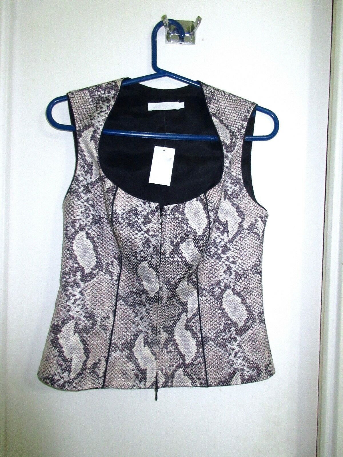 Anne Fontaine 40 6 Snakeskin Print Zip Sleeveless Vest Blouse Snake Skin Superb