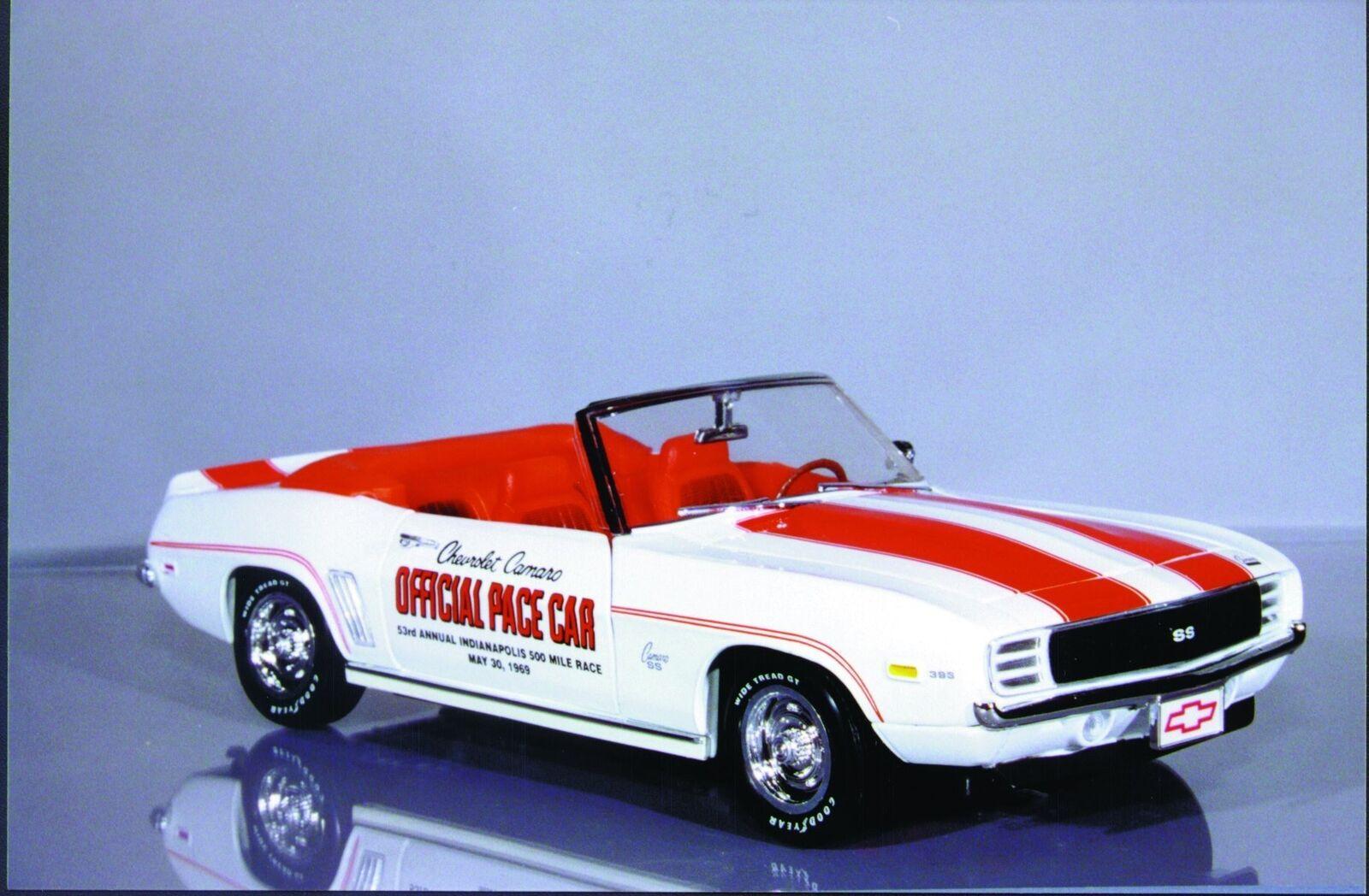 1 18 Ertl Chevy Camaro '69 Converdeible Indy 500 Pace Car