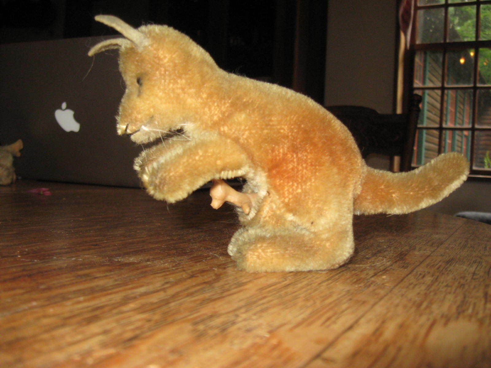 Vintage steiff 1950's kangaroo with baby  very fine condition