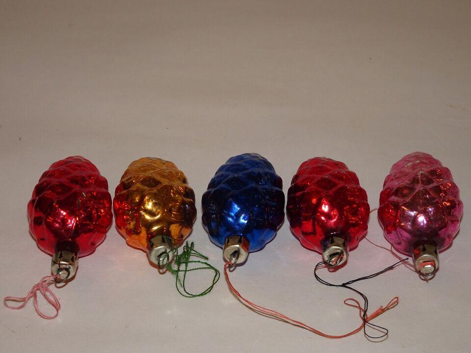 Julepynt, glaskugler som kogler
