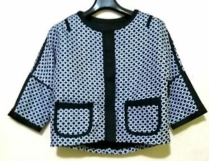 Two-tone-Dotted-Pullover-Style