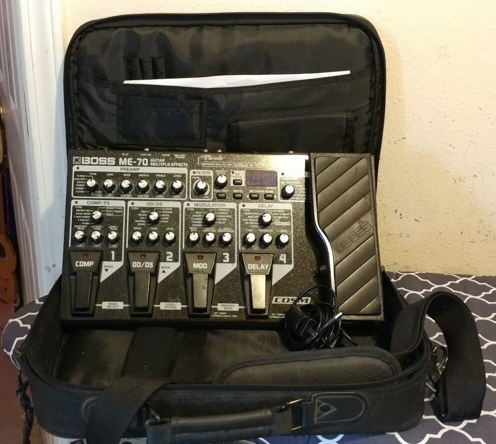 Boss ME-70 Guitar Multiple Effects Pedal. w power supply & carrying case
