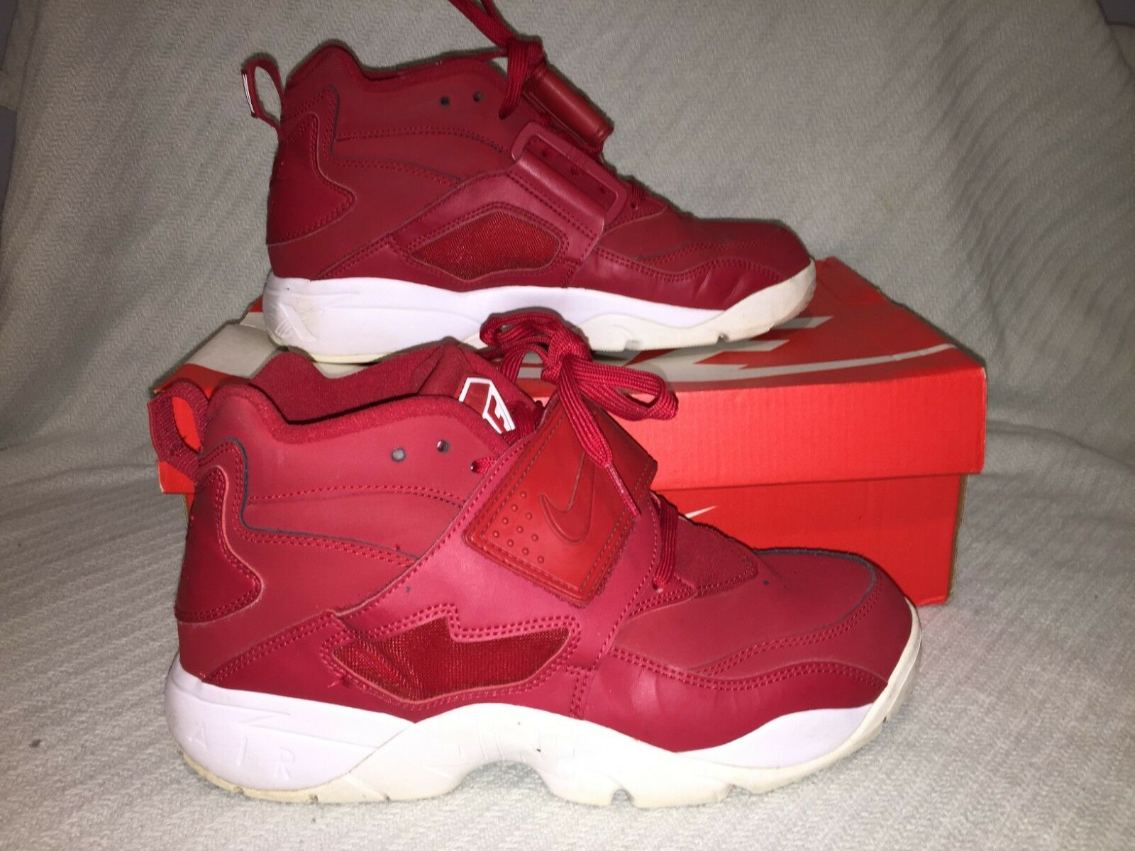 Men's Size 8 Nike Air Diamond Turf Gym Red White Deion Sanders shoes 309434-600
