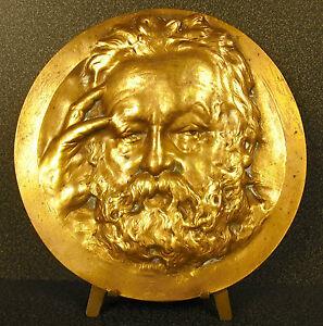 Medallon-XIX-retrato-Victor-Hugo-ap-Nadar-sc-Rene-Rozet-estudiante-de-Cavelier