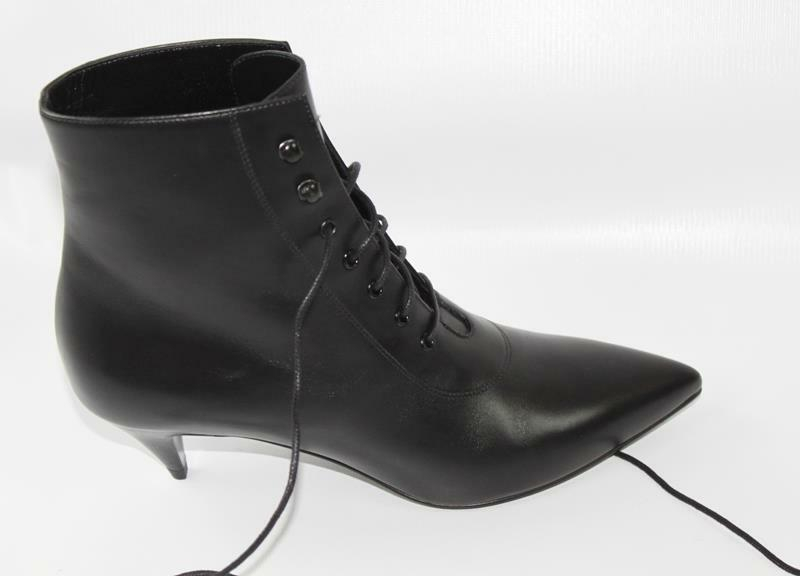 AUTH YSL Saint Laurent Women Black Leather Low Heel Boots 39