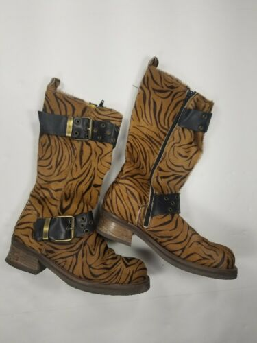 Vintage 90s Destroy Calf Hair Animal Print Boots S