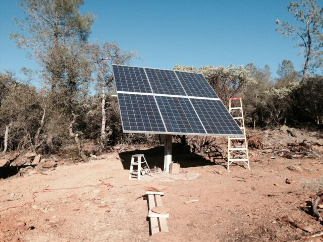 Solar panel pole mount/holds 6 large panels. Rails and hardware only.