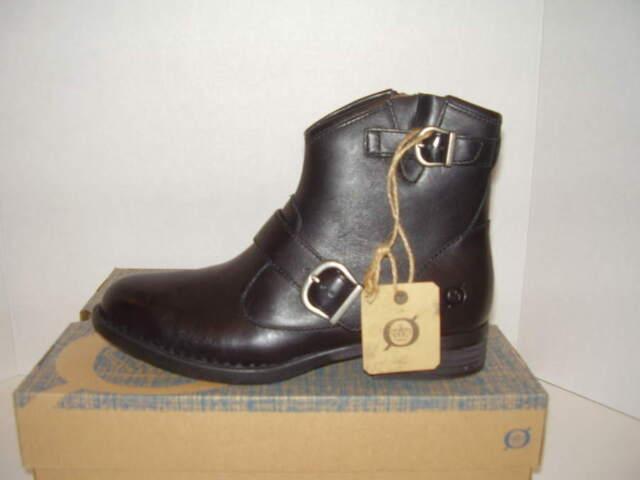 Born Regis Black Leather Zip on Ankle