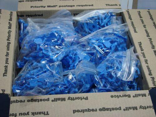 Marx Toys Molded Plastic Knights Retro BLUE 600 Pcs Dealer LOT RARE L@@K