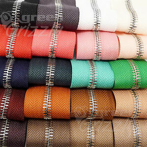 Continuous-metal-chain-zip-zipping-upholstery-No-5-range-of-colours-AQY-AQX