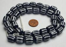 Strang striped lampwork beads