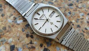 Vintage-Seiko-King-Quartz-5856-7030-April-1978-JDM-Kanji-Textured-Dial