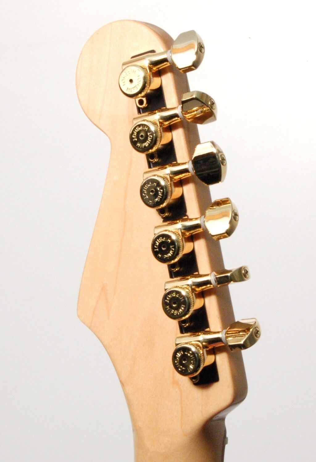 Hipshot Gold 6-InLine Grip-Lock Non-Staggerot Closed Guitar Tuners w  UMP Kit