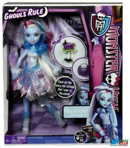 Monster-High-034-Ghouls-Rule-034-Abbey-Bominable-Plastic-Doll-and-Accessories