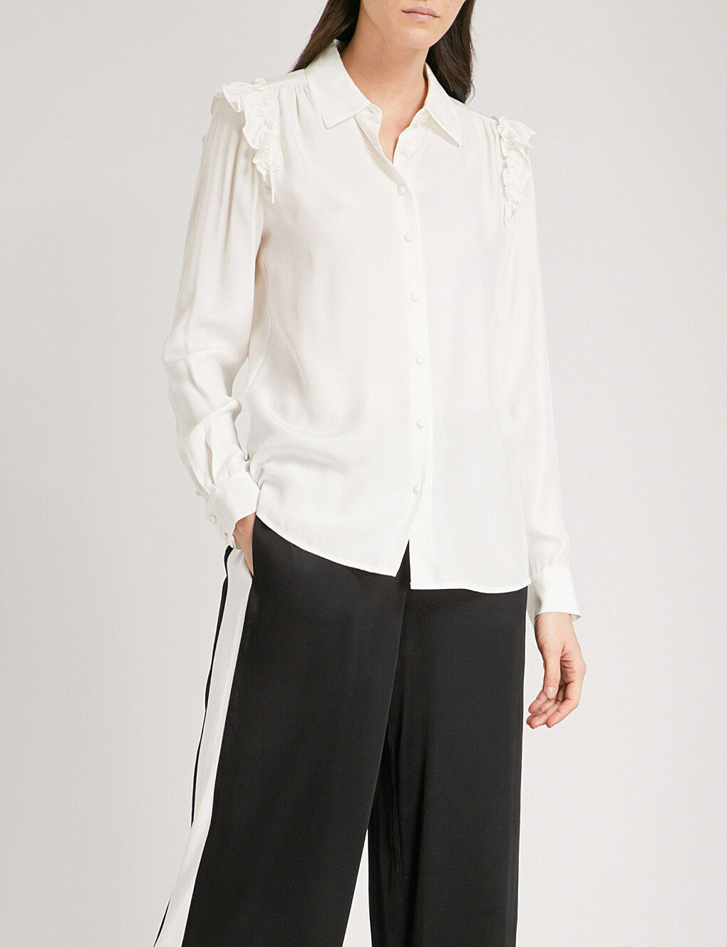 NEW FRAME Ruffle Long Sleeve Silk Blouse in Off Weiß - Größe M  T640