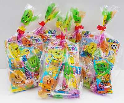 25 x CHRISTMAS PRE FILLED KIDS UNISEX PARTY LOOT BAGS FOR CHRISTMAS PARTIES