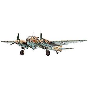 Revell-Gmbh-00452-Junkers-Ju88-A-4-1-32-Scale-Technik-Model-Kit-Includes-LED