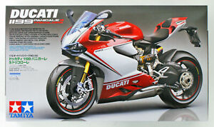 Tamiya-14132-Ducati-1199-Panigale-S-Tricolor-1-12-Escala-Kit-Japon-Oficial