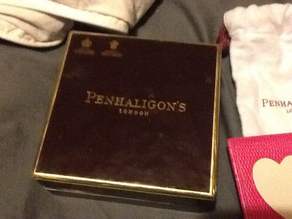Penhaligon's Heart keyring Purse Pink Leather BNIB with dustbag